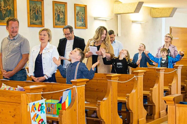 Sonntagsgottesdienst mit den Erstkommunionkindern